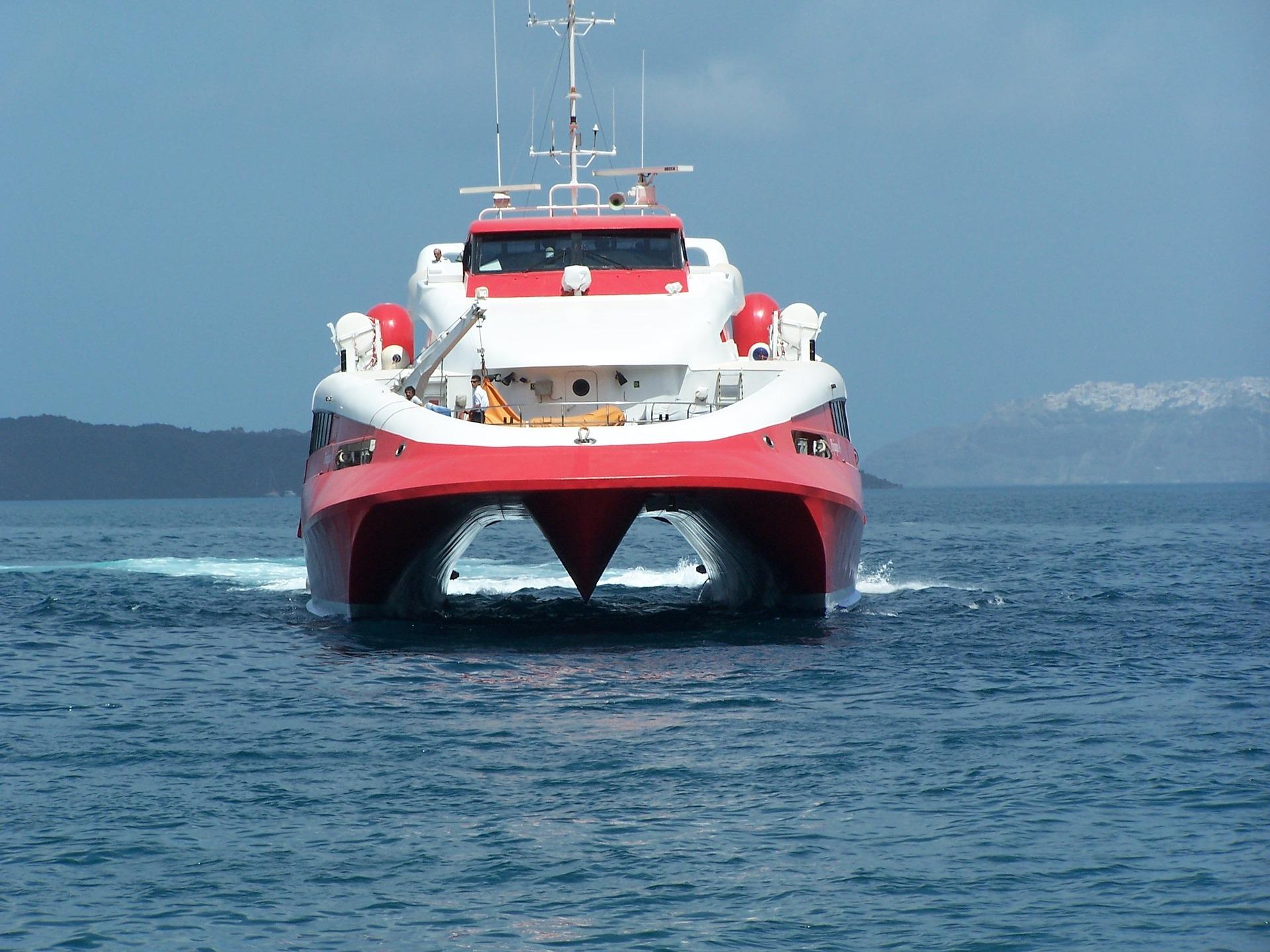 Les transports vers et depuis Santorin