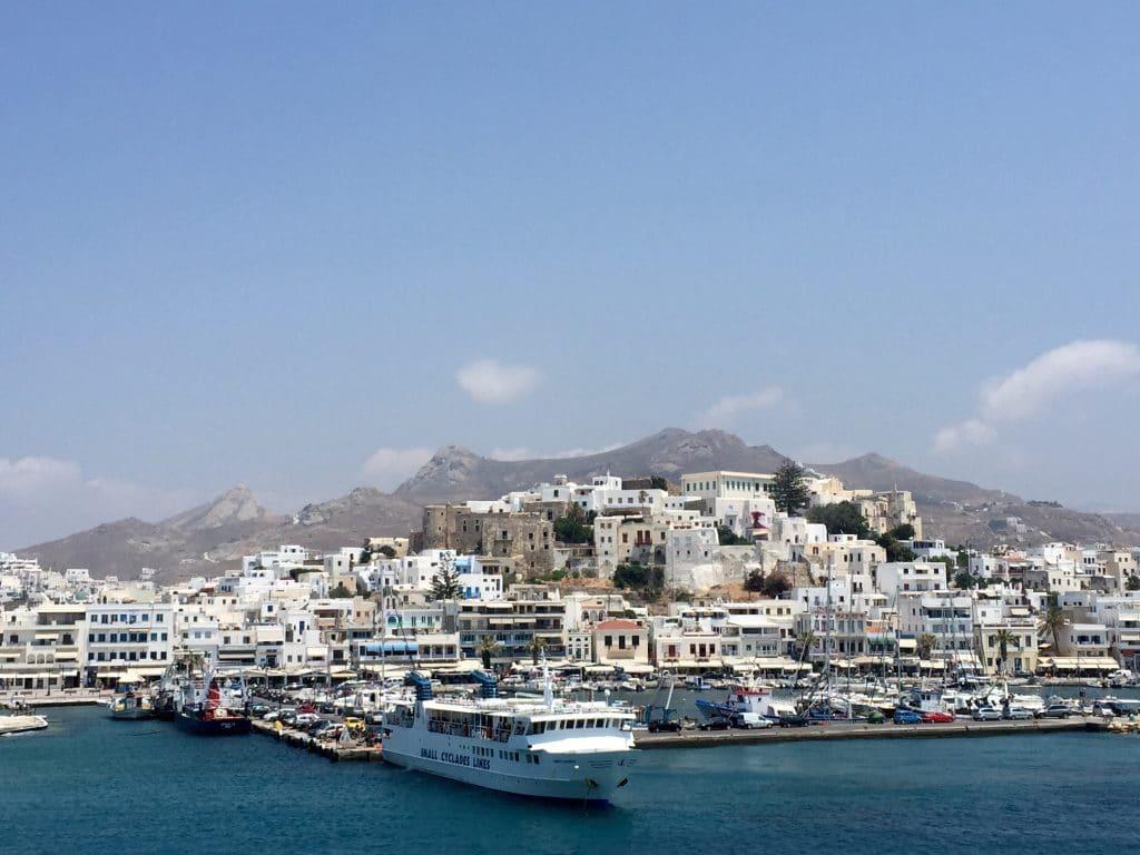 Comment se rendre sur Naxos ?