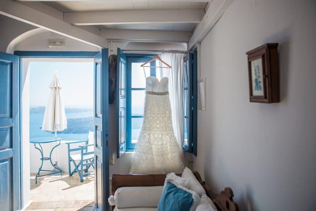 Les avantages de se marier à Santorin