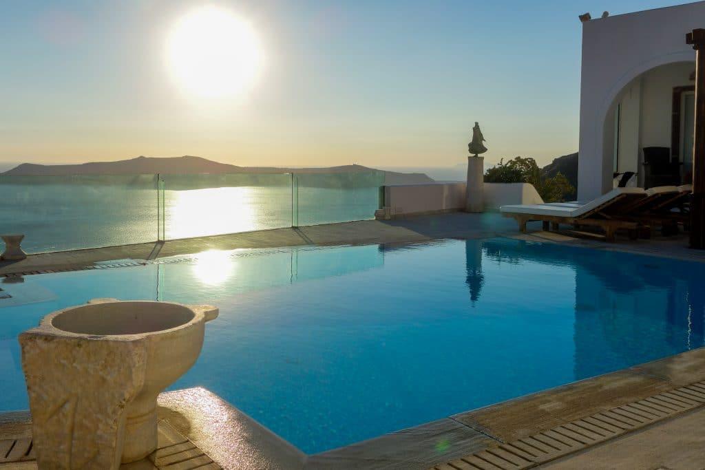 Choisir le meilleur hôtel de Santorin