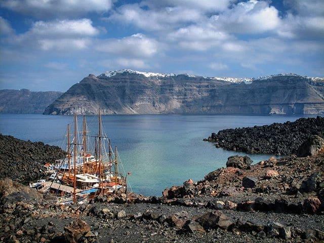 Visiter le volcan de Santorin